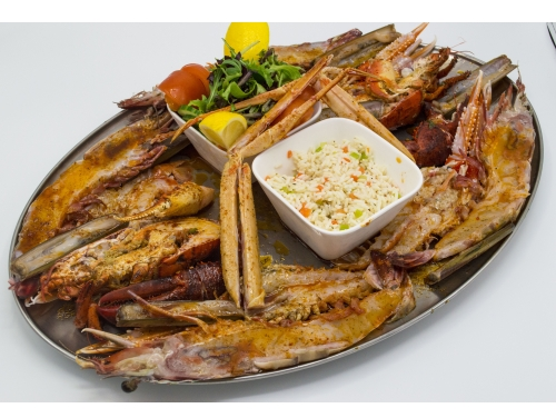GRILLED SEAFOOD MENU, 1 BOTTLE OF WHITE WINE INCLUDED, FOR 2 PEOPLE.